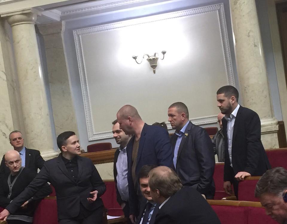 """Мосийчук: """"Савченко принесла в Раду гранату и пистолет"""""""