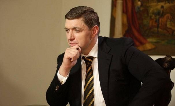 Александр Дубовой - друг Курченко и Александра Януковича рекетирует Печерск!