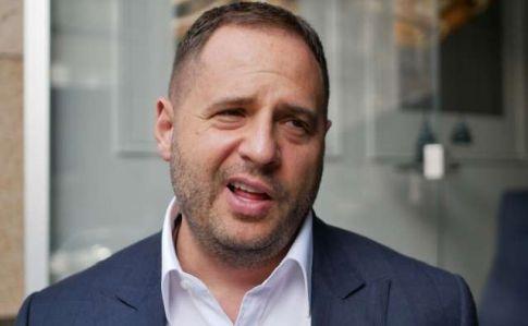 Ермак не намерен обвинять Россию в развязвнии войны на Донбассе