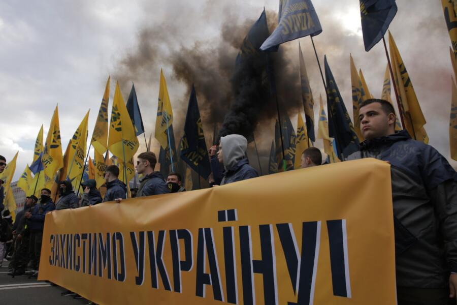 Свободу патріотам – тюрми колаборантам: в Києві відбувся масштабний Марш Нації