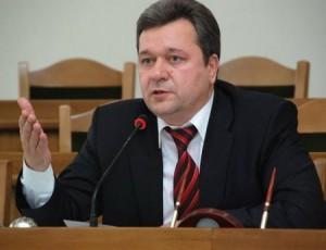 Глава луганского= облсовета= валерий= голенко= не= против= снова= возглавить= область